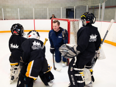 Goaltender Programs & Camps
